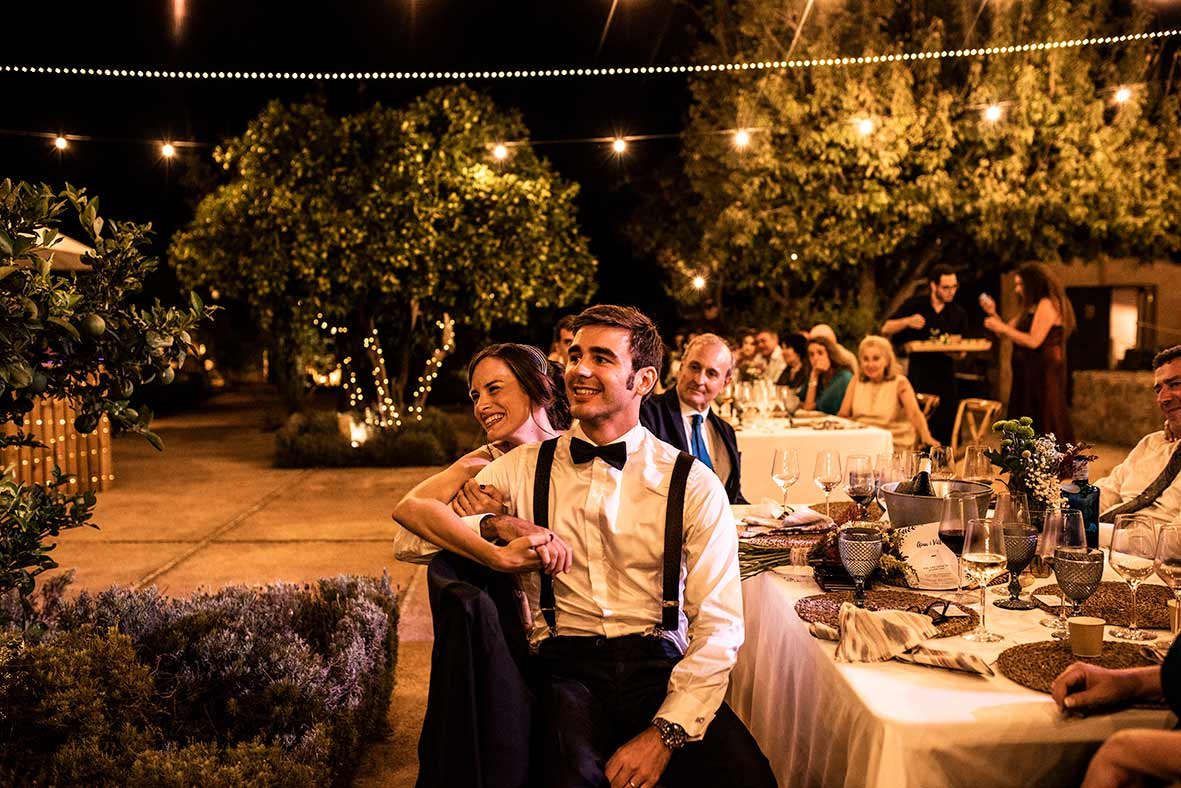 wedding photographer in mallorca restaurant