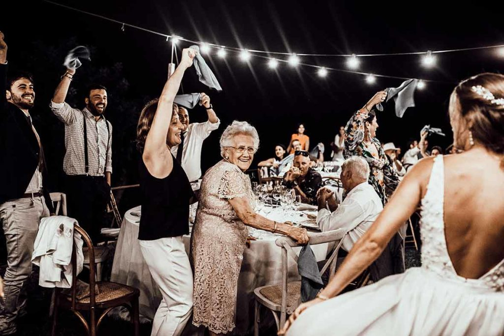 """ALT""Mallorca wedding photographer grandma banquet"