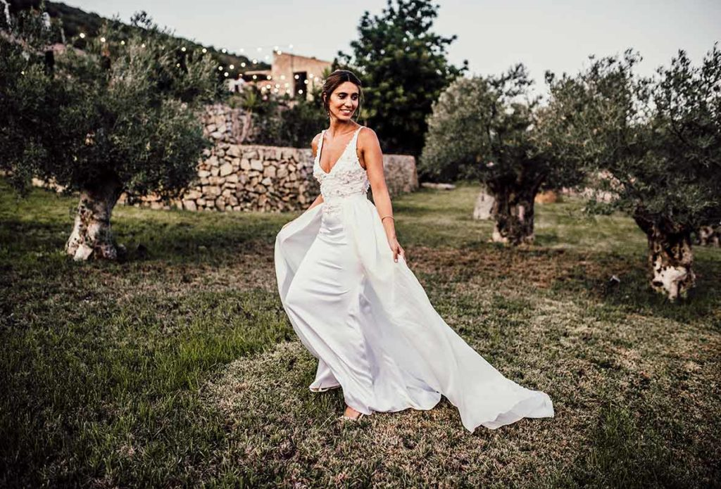 """ALT""Mallorca wedding photographer bride dress"
