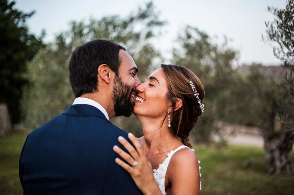 """ALT""Mallorca wedding photographer smiles"
