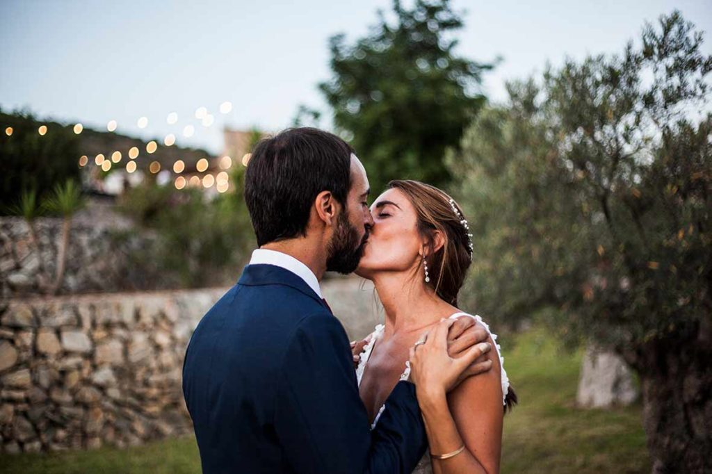 """ALT""Mallorca wedding photographer romantic kiss"