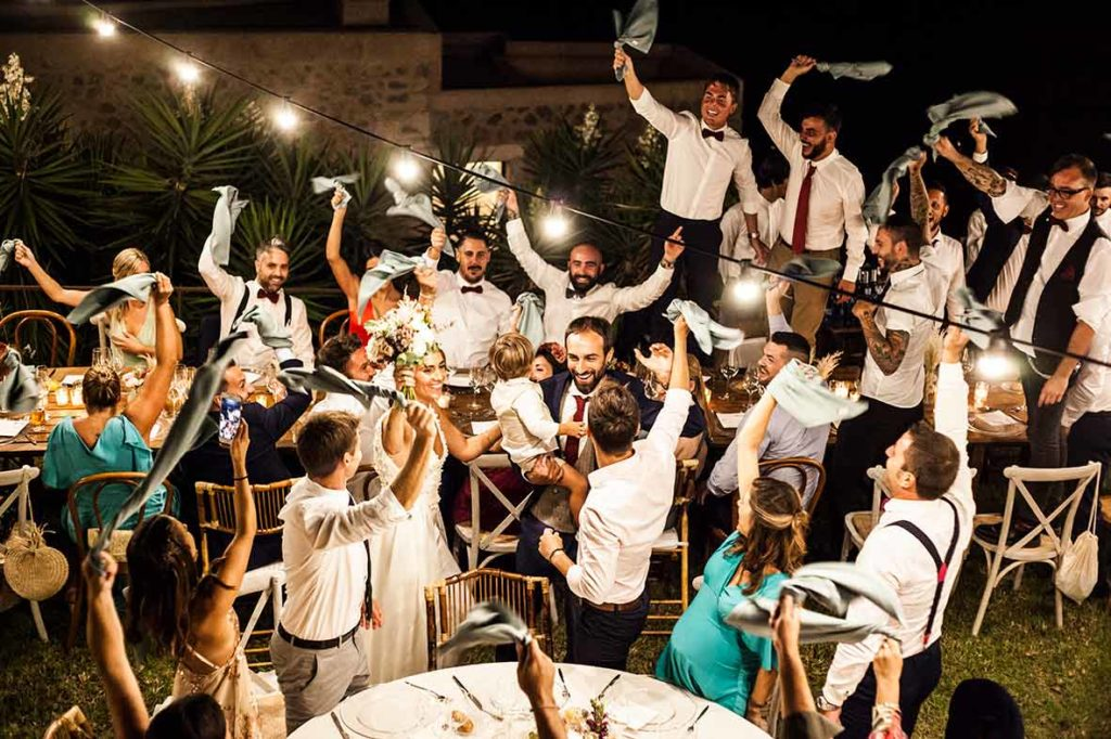 """ALT""Mallorca wedding photographer napkin moment"