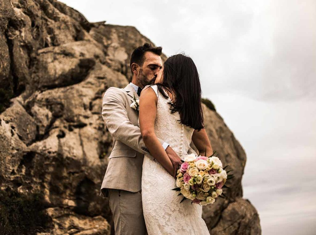 destination photographer in mallorca happy couple
