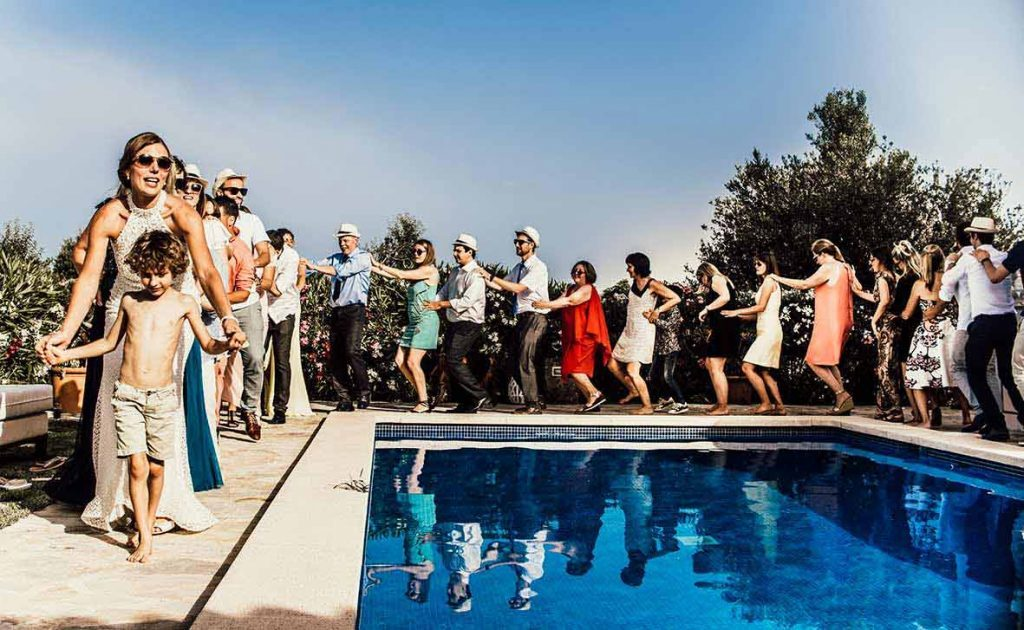 djs wedding mallorca pool