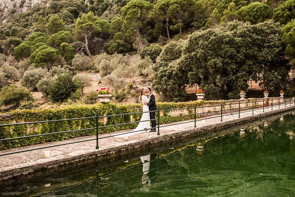 """ALT""incredible weddings in Mallorca Comassema lake"
