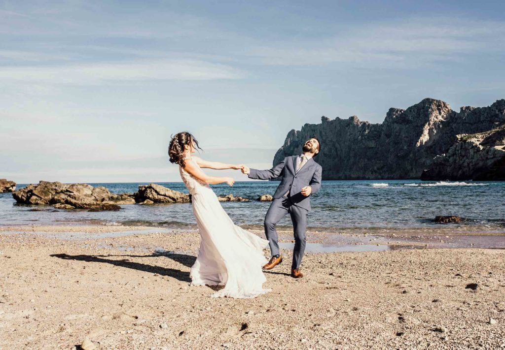 funny postwedding in mallorca