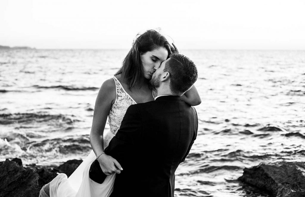 """ALT""postwedding photographer mallorca kiss"