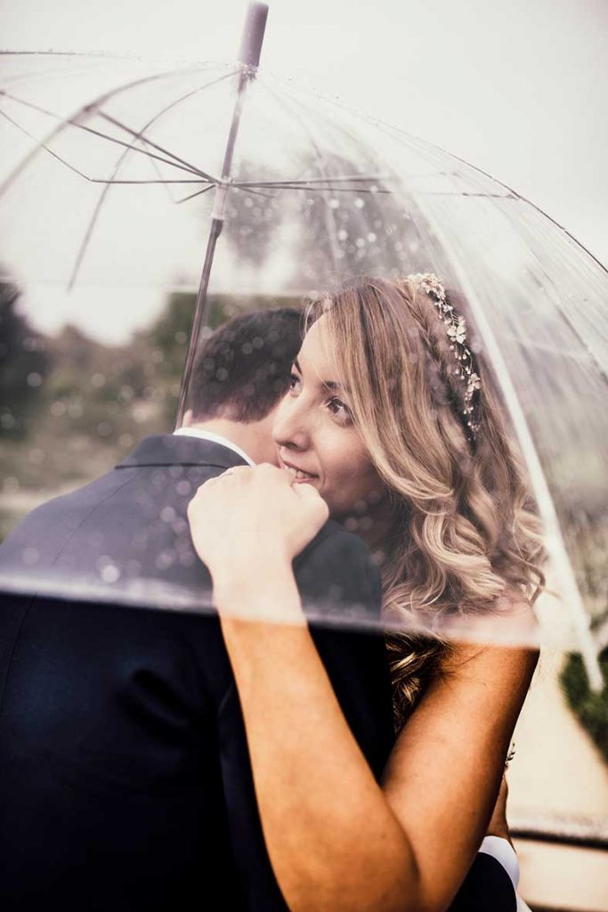 """ALT""postwedding session in mallorca umbrella"