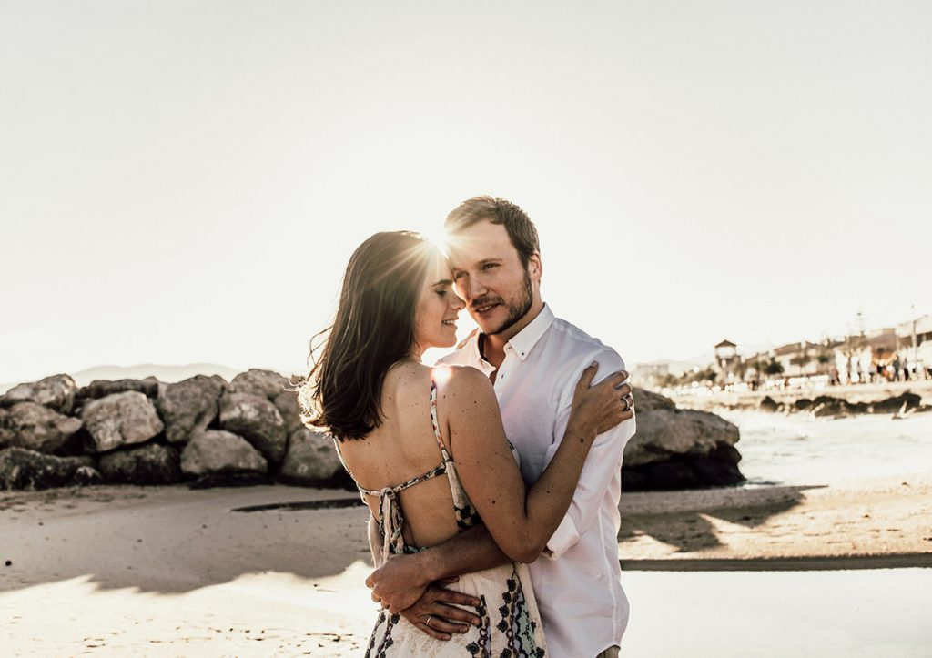 prewedding photographer in mallorca sun