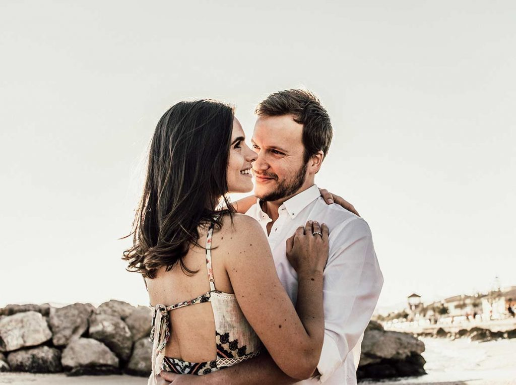 prewedding photographer in mallorca looking