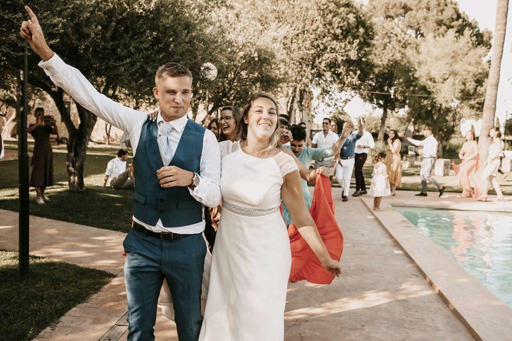 """ALT""wedding in finca morneta dancing conga"""