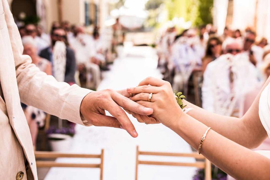 wedding photographer in Mallorca rings ceremony
