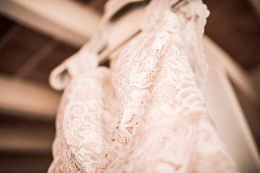wedding photographer mallorca dress detail